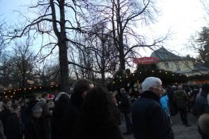 English garden com feira de natal